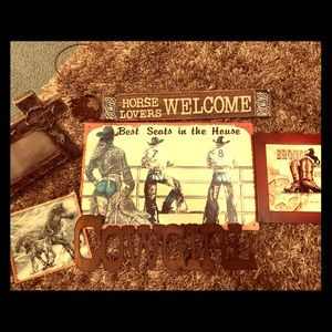 Other - Cowgirl decor